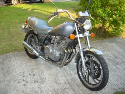 xj650 blog 1983 Silver Special XJ650 Maxim front
