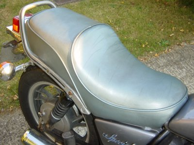 xj650 blog 1983 Silver Special XJ650 Maxim custom seat cover